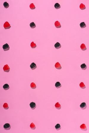 Blackberry-Raspberry-Grid_Medium4WebPortfolio